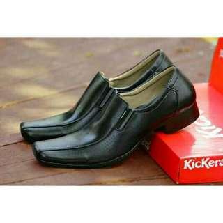 Sepatu pria kickers malkin pantofel