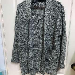 🚚 麻灰針織外套/豹紋厚實圍巾/黑色內刷絨長褲/黑色雙層紗裙(少穿極新