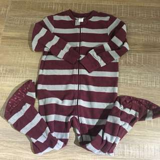 Oldnavy 男童連身連腳睡衣 3歲 100公分(一件80三件特價200)