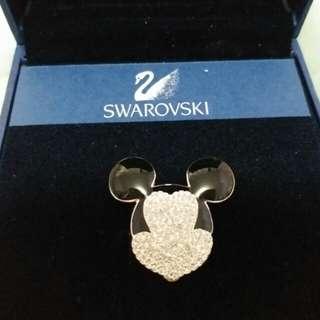 SWAROVSKI 水晶心口扣針 (米奇款)