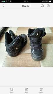 original jordan shoes size 4 us size