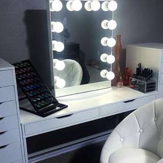 NEW IN BOX - FRAMELESS MIRROR WITH NO EDGING GLAMOUR MIRROR