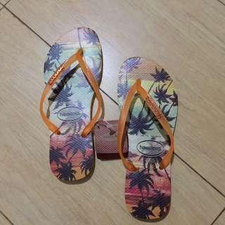 Sandal jepit Havaianas