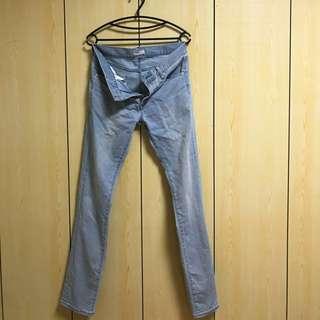🚚 Uniqlo skinny 淺色 牛仔褲