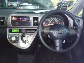 Look almost new Toyota wish