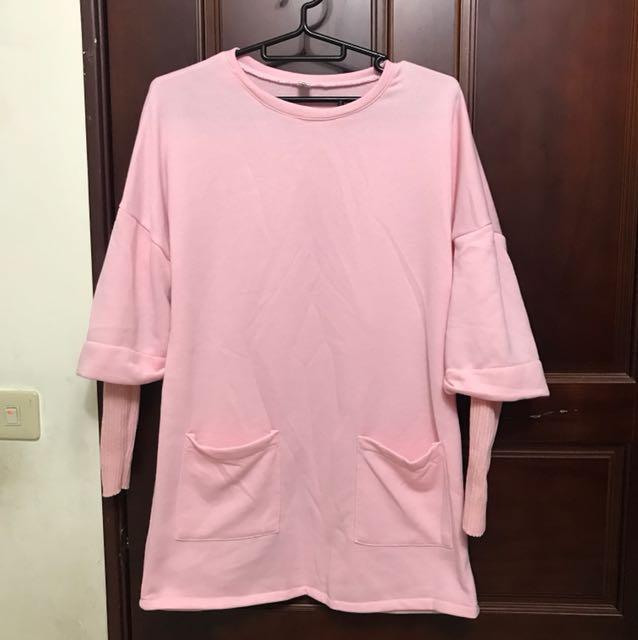 寬鬆粉色兩件式保暖上衣