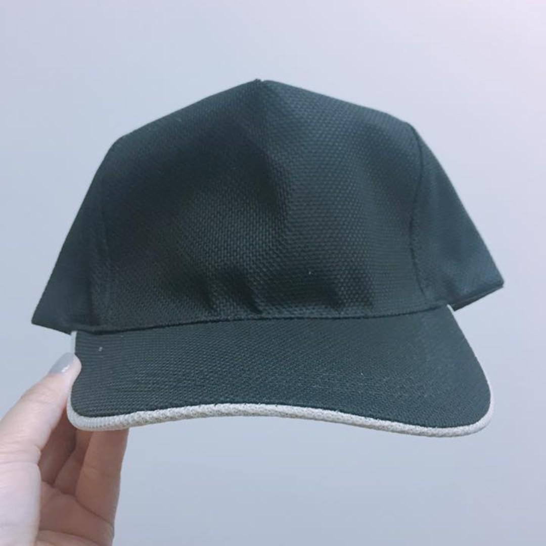 【  黑色帽子 】