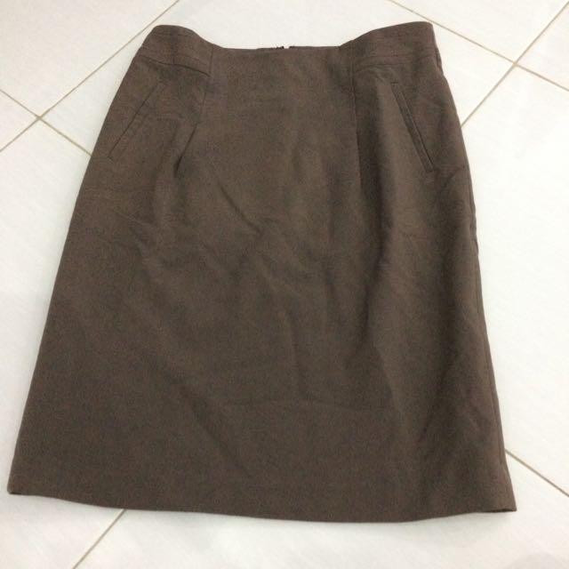 Accent Office Skirt