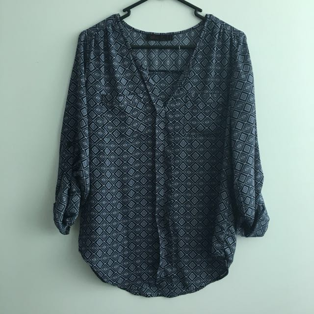Ally geo blouse (Size 8)