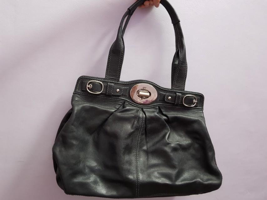 Authentic Coach Leather Shoulder Bag