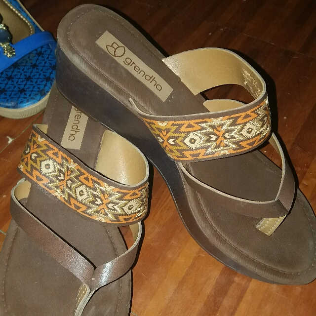 Authentic Grendha Brown Sandals