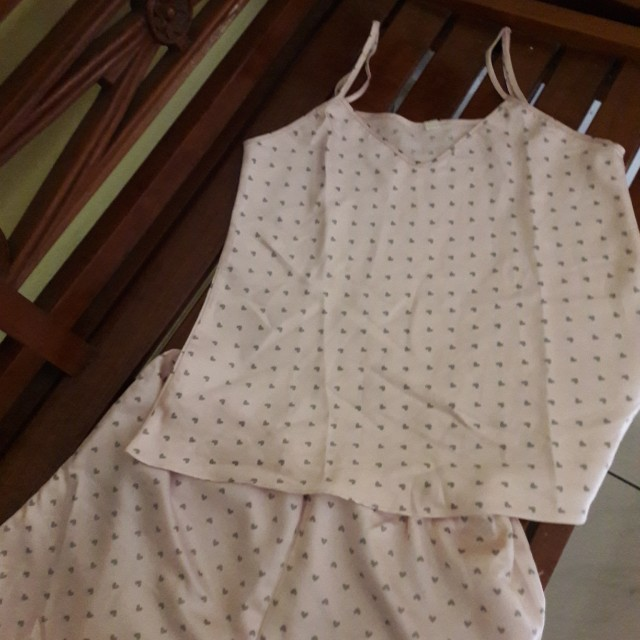 Baju tidur.. warna pink