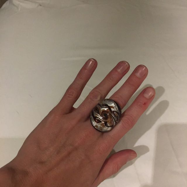Beautiful hand made glass ring from Venice