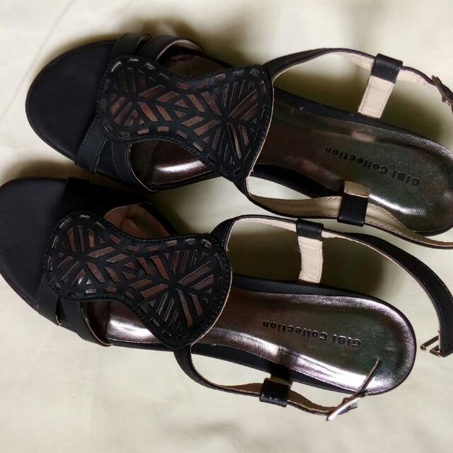 Brand New Gibi Sandals Size 7