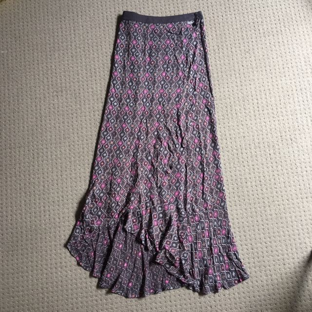 Brand new rip curl long skirt