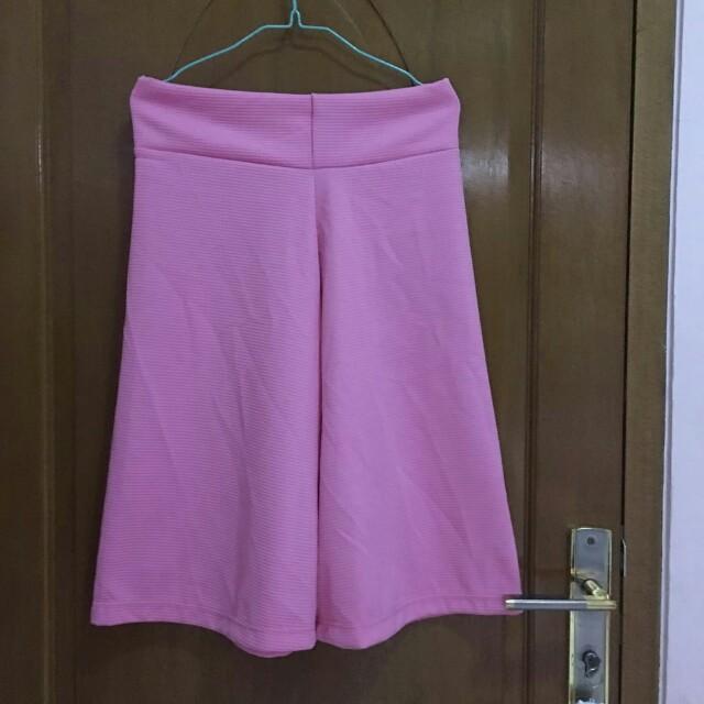 Celana pendek kulot pink new