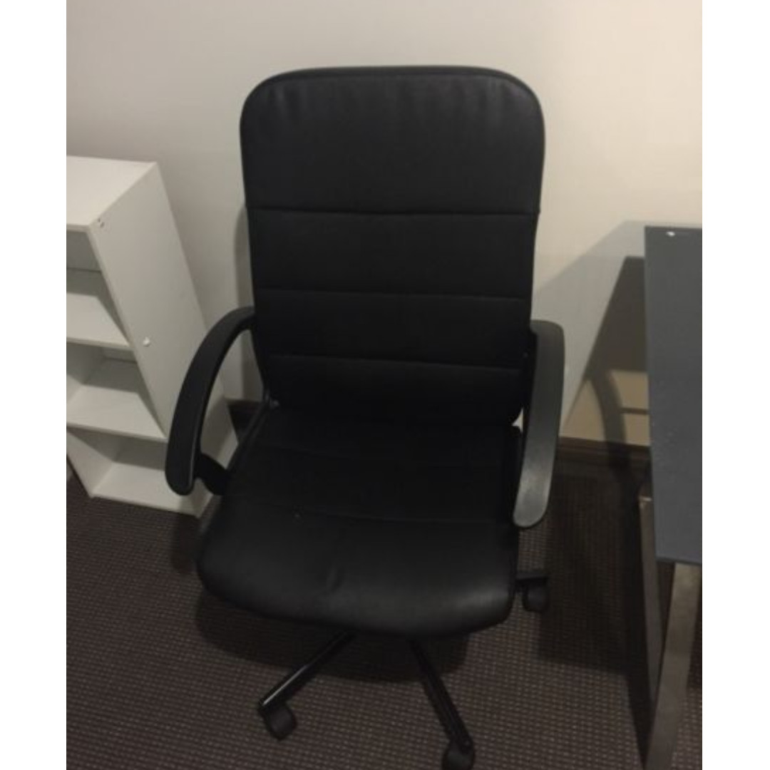 Desk chair for sale $10 (Used)