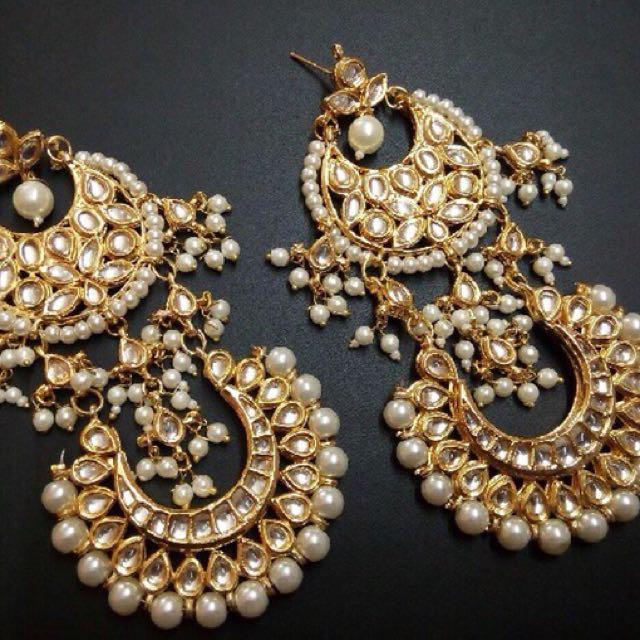 Double layered kundan pearl earrings