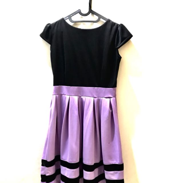 Dress hitam ungu