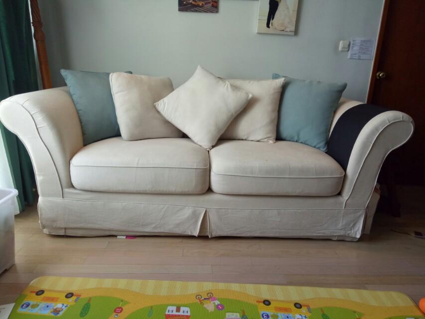 Elizabeth Rosewood Living 3 Seaters Sofa