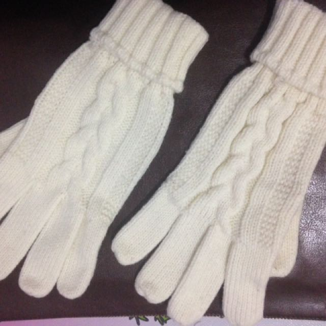 Gloves sox galery
