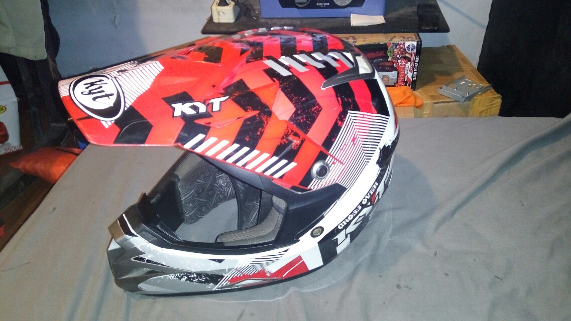 Helm trail KYT