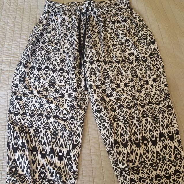 Just Jeans Print Pants Sz 6