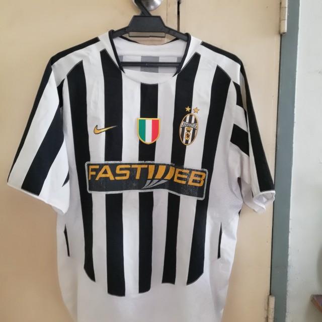 watch a6c89 b48da Juventus 2003 2004 Home Jersey