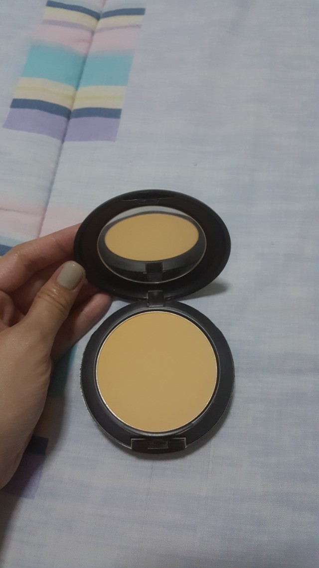 MAC studio perfect foundation NC30