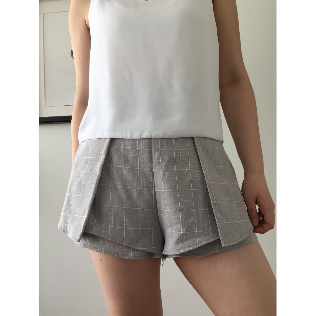 Minimalistic grey and white shorts