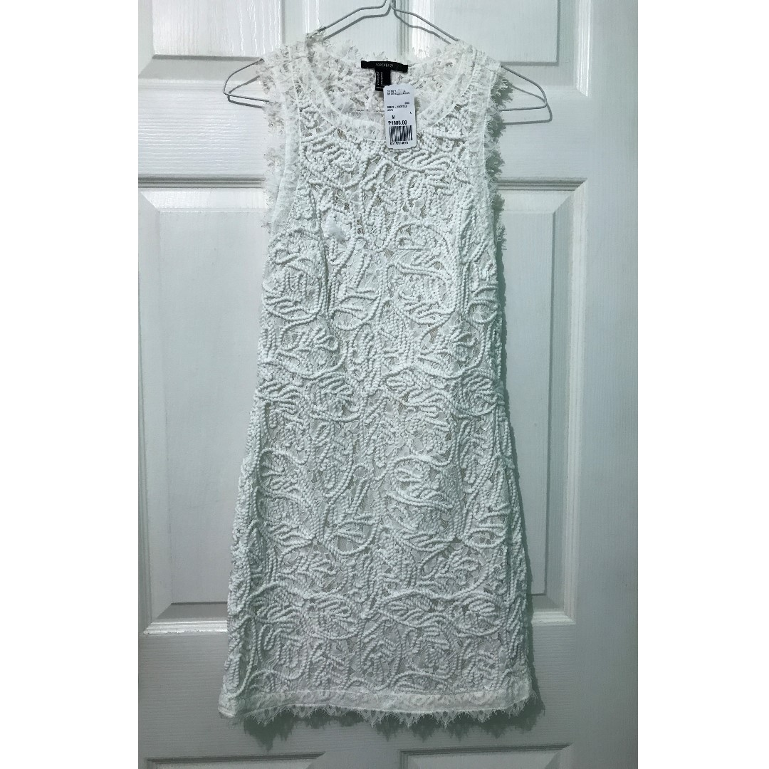 Mouse over image to zoom        Have one to sell? Sell it yourself  Details about  Forever21 White Structured Dress