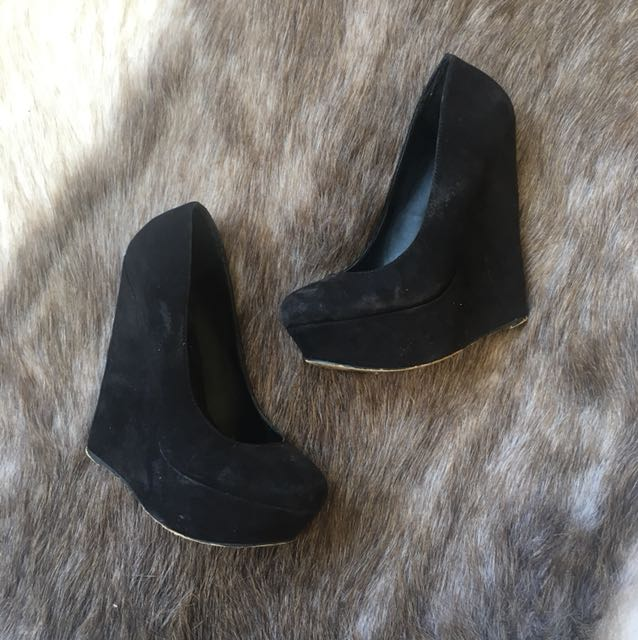 NAME YOUR PRICE wedge heels size 6.5