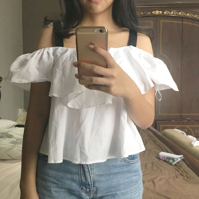 (NEW) Zara White Off Shoulder