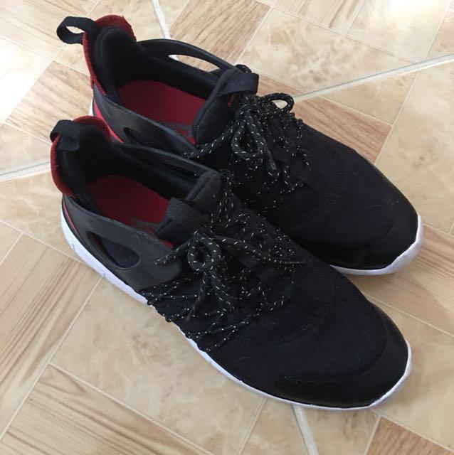 Nike Free Viritous TP Running Shoes (women)