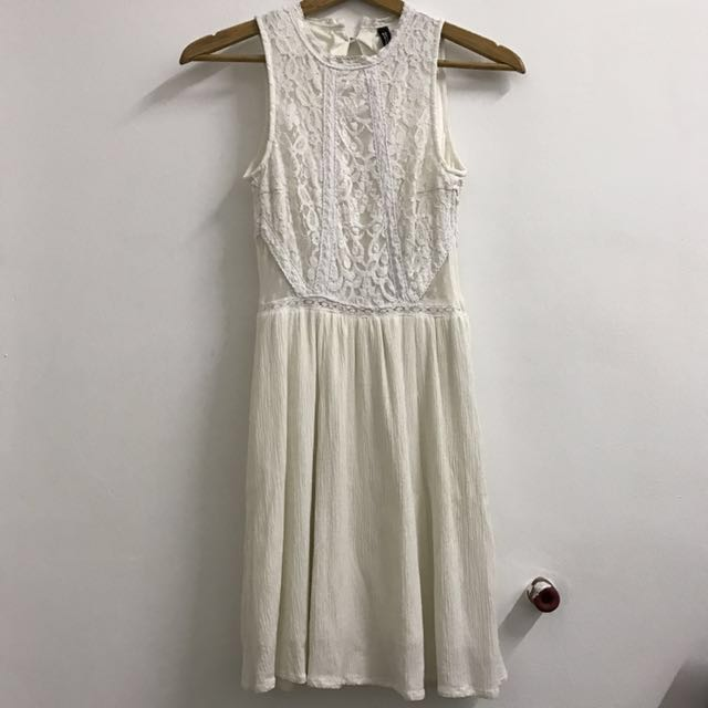 #CNY88 H&M White Lace Dress