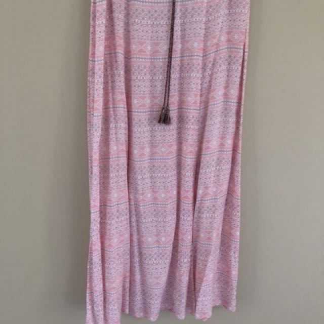 Pink flowy long skirt