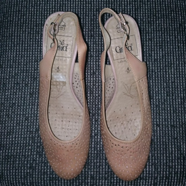 Pink Tan CAPRICE Sandals