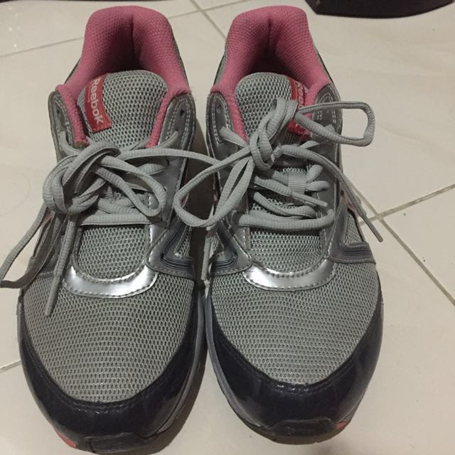 [Reprice] Sepatu Reebok