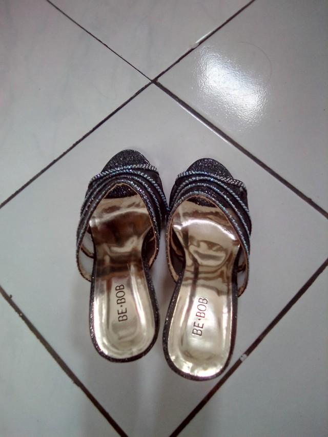 Sepatu wedges Be-Bob