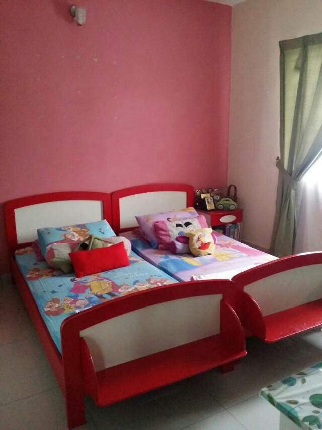 Set Bilik Tidur Bayi Kanak Pakaian Budak Perempuan Di