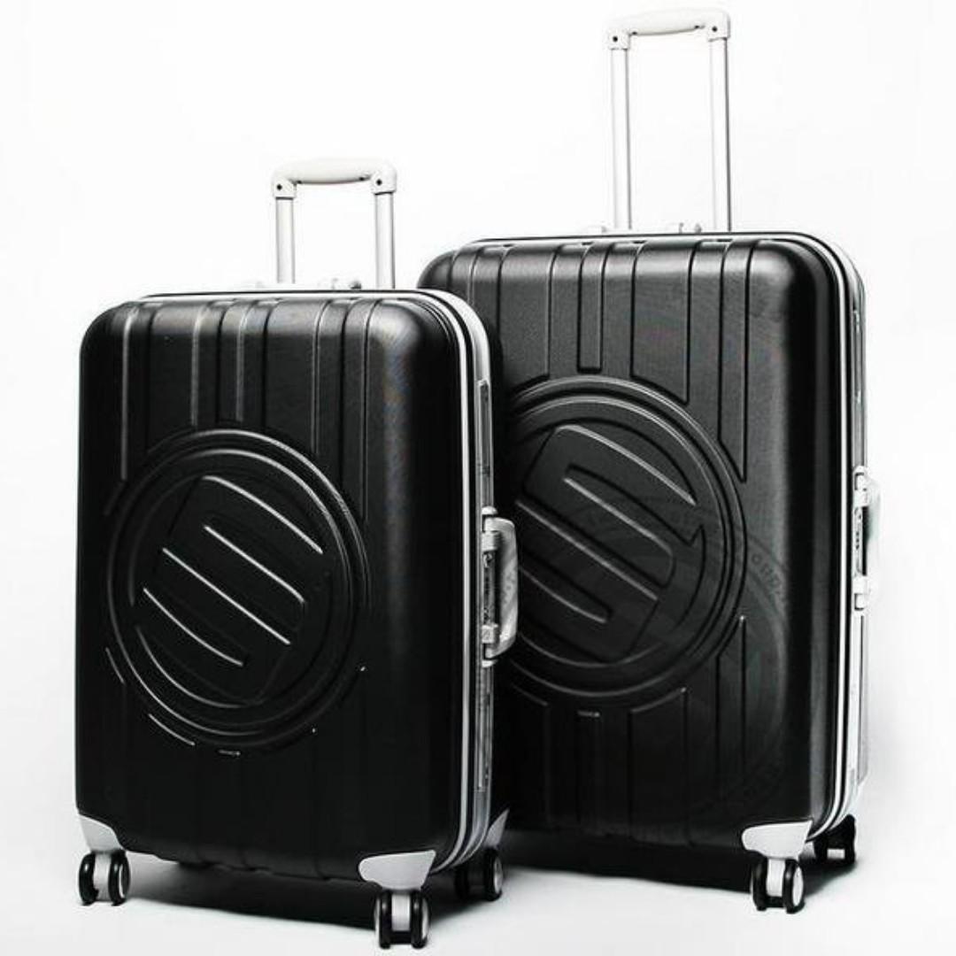 STAGE LOGO 2015 VIP會員專屬 25吋 黑色鋁框行李箱時尚潮流全新真品萬國通路小豬羅志祥