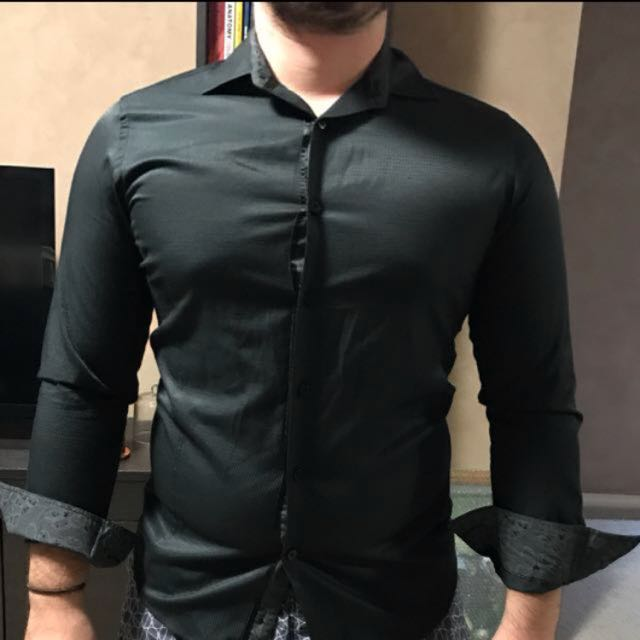 Tarocash Men's Black Button Up Shirt
