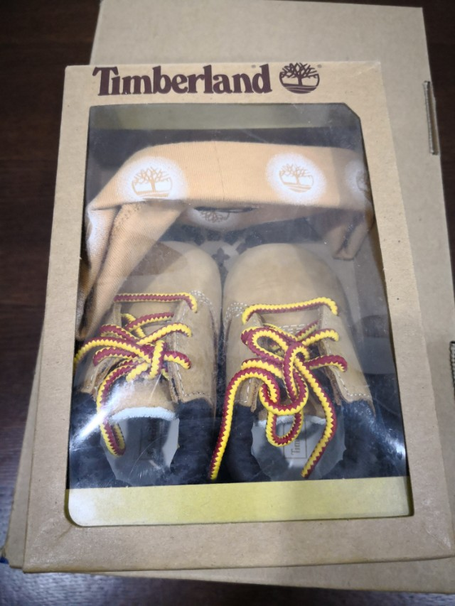 Timberland Crib Bootie & Hat