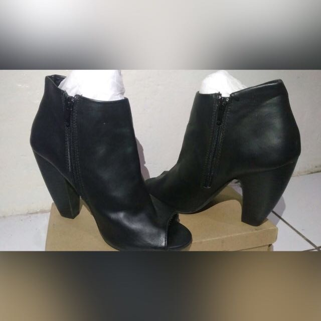 Trash By Payless Shoes Boots Hils