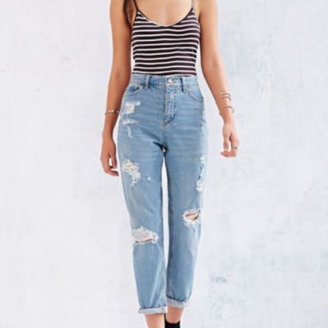 5b0cce430e1 Urban Outfitters BDG Destroyed Mom Jeans, Women's Fashion, Clothes, Pants,  Jeans & Shorts on Carousell