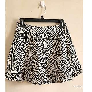 Forever 21 Black & Whites Skirt