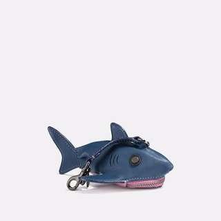 全新正品 Coach 鯊魚零錢包 藍X粉