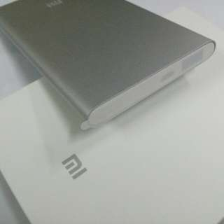 100%全新 原裝行貨 5000mAh 小米行動電池 brand new Mi power bank 5000mAh