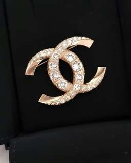 Chanel Brooch Blink Blink