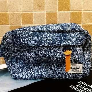 Herschel Clutch Bag